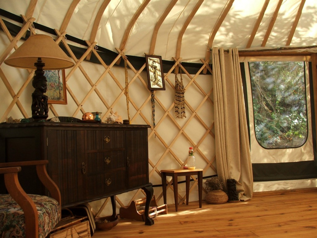 Yurts – Dessine moi une Yourte on art home design, architectural home design, hempcrete home design, log home design, lighthouse home design, condo home design, ceiling mural interior design, saltbox home design, best home design, federal home design, mansion home design, northwest home design, cat home design, self-sustaining home design, pueblo home design, tri-level home design, garden home design, edwardian home design, italian home design, quonset hut home design,